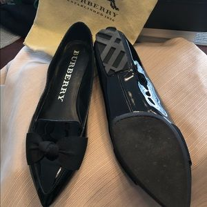 Burberry flats with grosgrain bows authentic